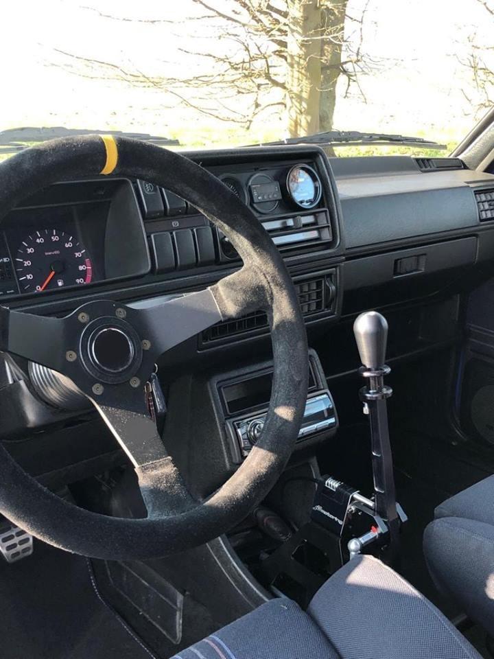 Verbauter 02M Shifter in einem Golf 2